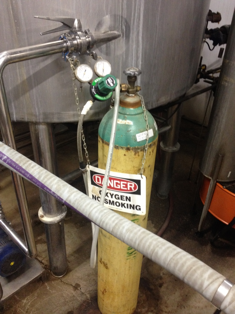 Oxygen tank used to oxygenated the wort on the way to the fermenter